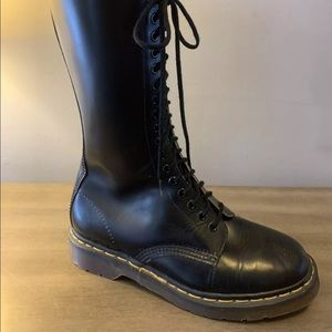 Dr Martens Made in England 1990's 20 eyelet Boots